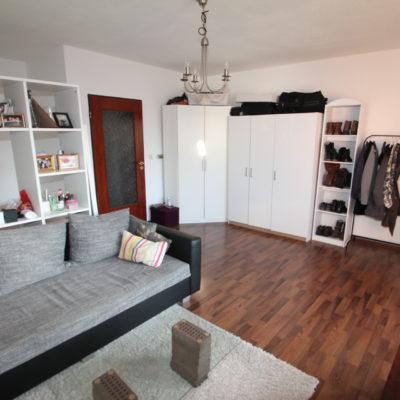 Kelsterbach: Teilmöblierte Wohnung auf ca. 45m² mit EBK & Sonnenbalkon im alten Ortskern 5