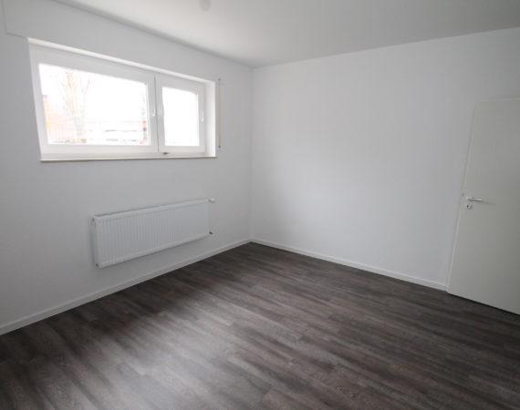 *Erstbezug nach Renovierung* 2 Zimmerwohnung in Astheim 4